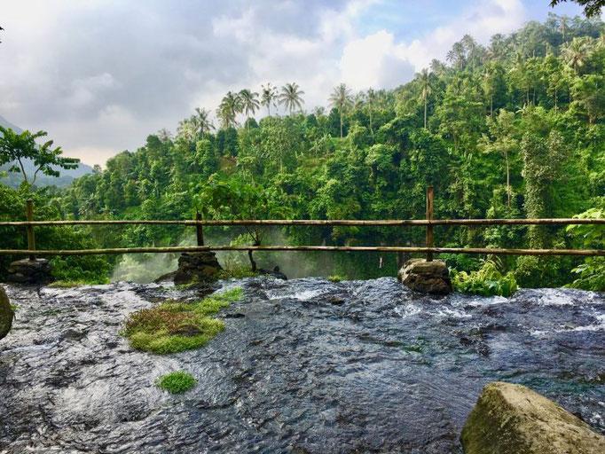 Stay in the pool ON TOP of Sekumpul waterfall