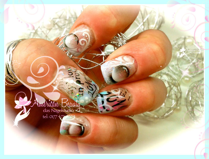 'Love & Bubbles' - Gel Nägel mit Airbrush Design