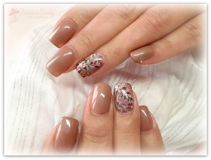 'Brown is Beautiful!' - Gel Modellage mit Airbrush Design