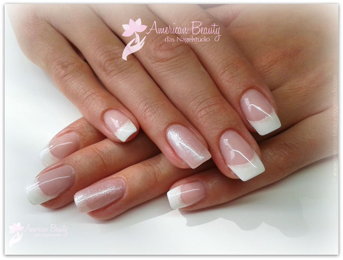 'Sparkle French' - Gel Modellage