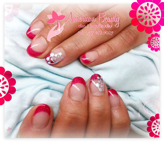 Gel Nägel: Frühlings French in Fuchsia