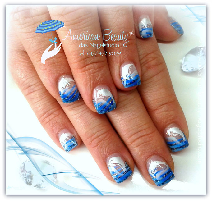 'Deep Blue Sea' - Gel Nägel mit Airbrush Design