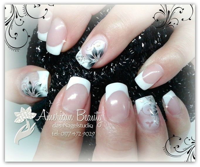 'Elegante Black Flower' - Gel Modellage mit Airbrush Design