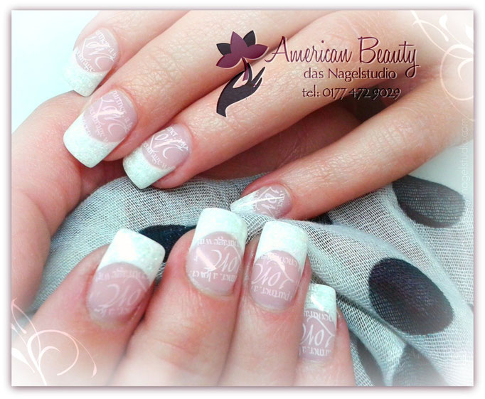 'Love French' - Gel Modellage mit Stempel Design