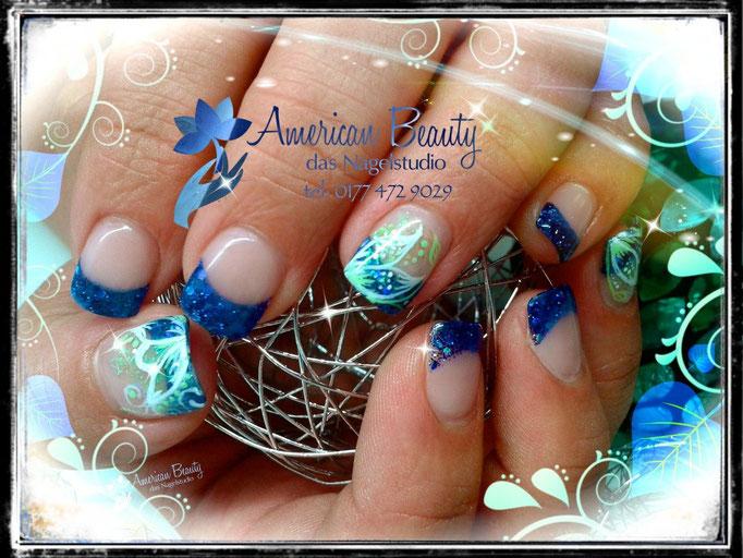 'Glitzer Blau-Bling' -  Acryl Nägel mit kleiner Malerei