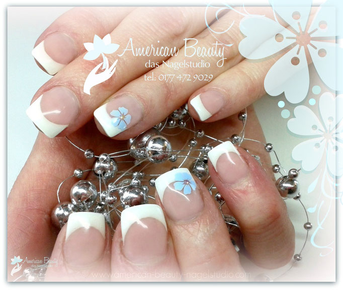 'French mit Flowers' - Gel Modellage mit Airbrush Design