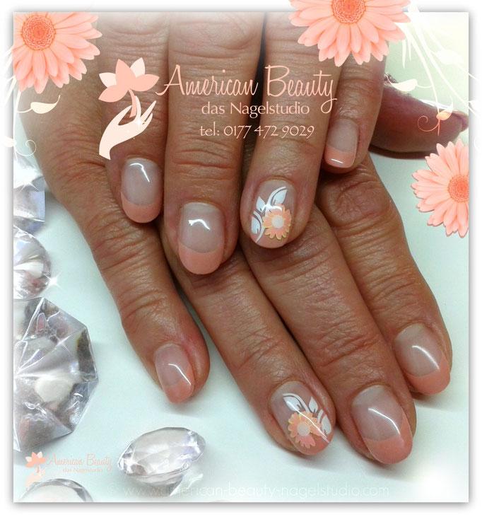 'Gänseblümchen' - Gel Nägel mit Airbrush Design
