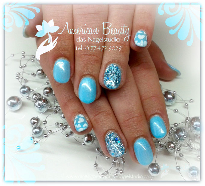 Acryl Nägel: Beautiful Blue