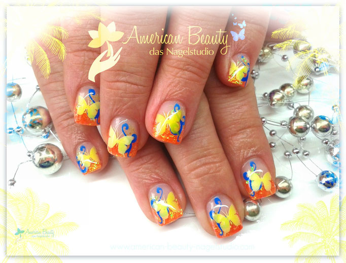 'Tropical Breeze' - Gel Nägel mit Airbrush Design