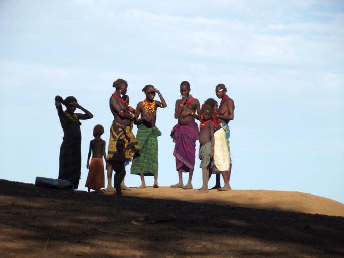 Les Dassanech, le village à Omorate en Ethiopie. Voyage Séjour Trek Trekking Randonnée Road Trip en Ethiopie Visite de la Vallée de l'Omo en Ethiopie.