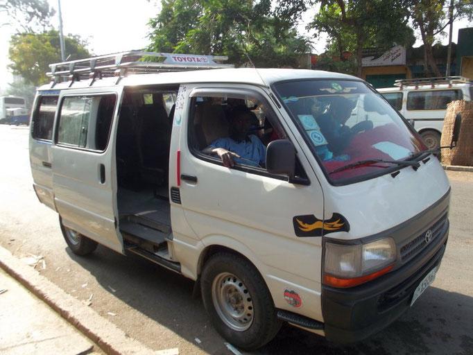Notre mini bus, road trip in Omo Valley