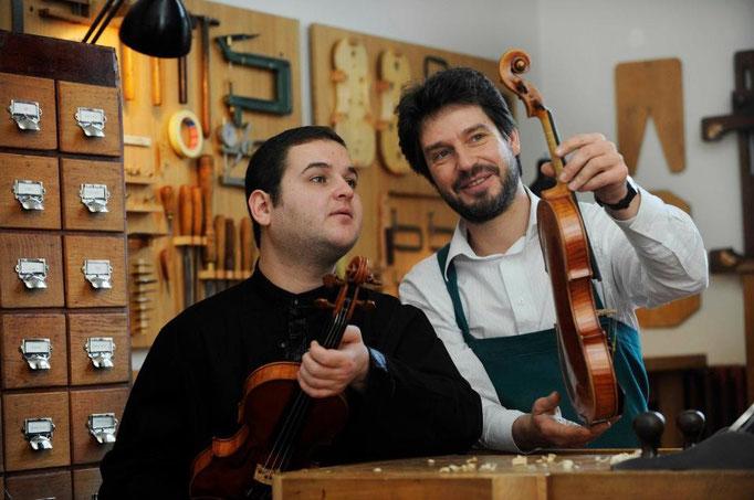 Violinist Ilian Garnet & Thomas Meuwissen © Didier Mossiat, 2009