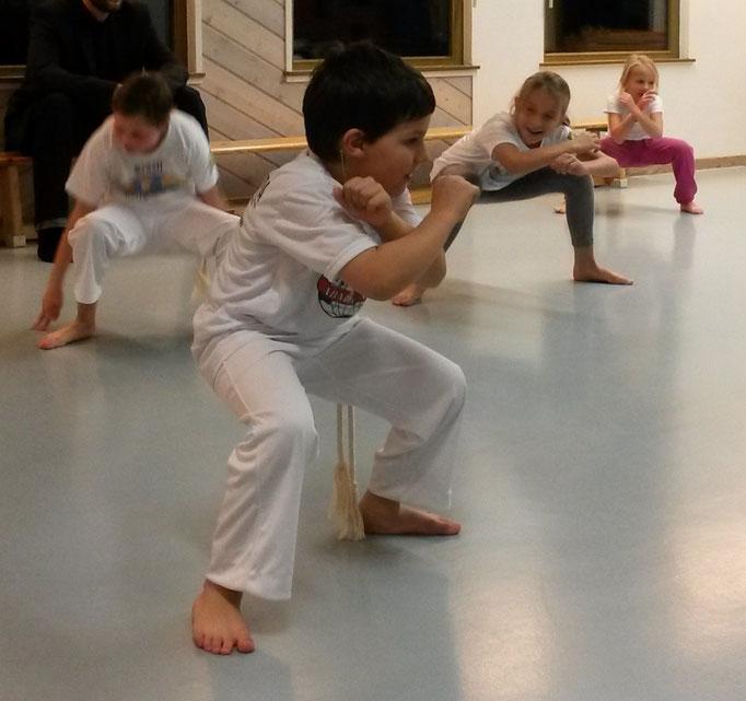 Kinder Capoeira