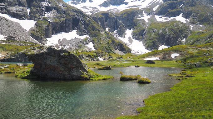 Randonnée du lac Fourchu depuis la Grenonière ; Ornon ; massif du Taillefer. Voyage Max de Nature