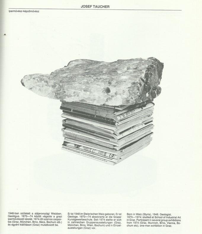 """Josef Taucher, Mein kleiner Nationalpark, 1994, Calcit, """"Schundhefte"""" © Josef Taucher"""