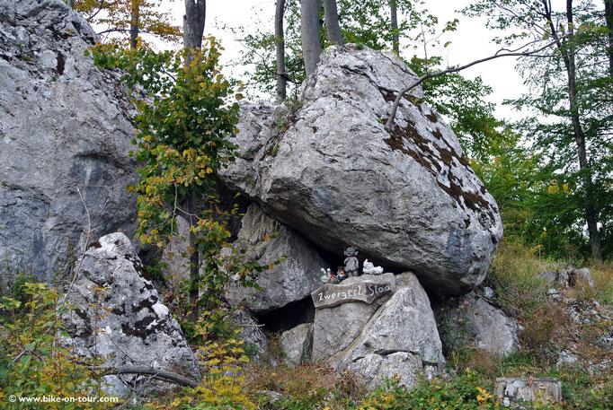 Triestingtal, Hocheck Höhenstraße (mautpflichtig)