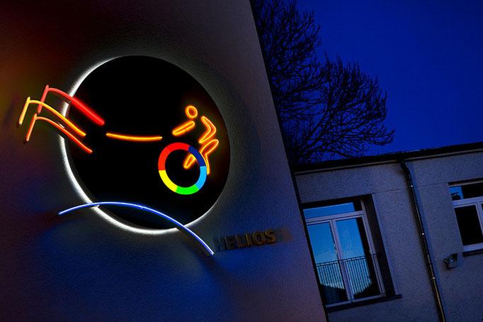 Nachtaufnahme, Lichttechnik, Werbebeleuchtung für die Neon Böhm Ilmenau