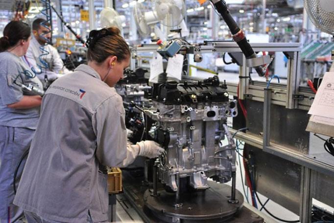 Ligne d'assemblage moteur 3 cylindres