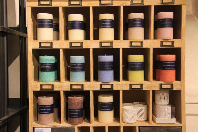 Schulthess Kerzen in verschiedenen Farben und Düften - Swiss Made.