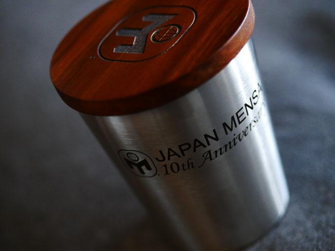 ジャパンメンサグッズ。JAPAN MENSA のステンレスタンブラー。