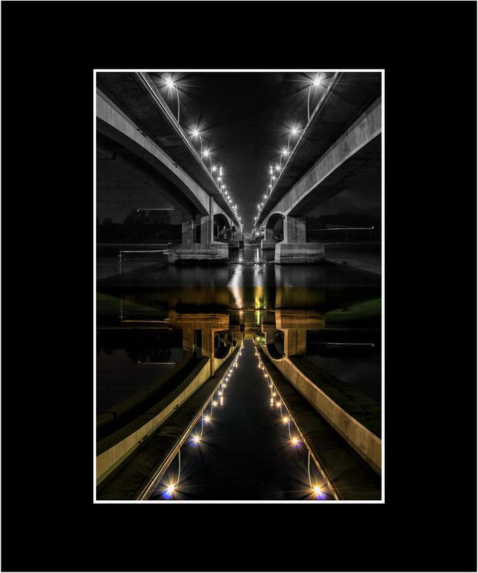 FW41 Wormser Brücken, gespiegelt (Helmut Hofer) [Passepartout auch in weiß möglich]