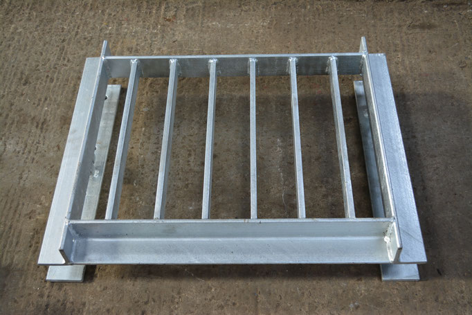 Heavy Duty Hinged Head wall Grille