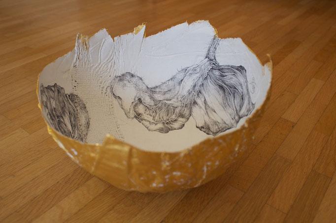 Schale-Bleistiftzeichnung auf Leinwand und Kaffeesack,Blattgold-2016