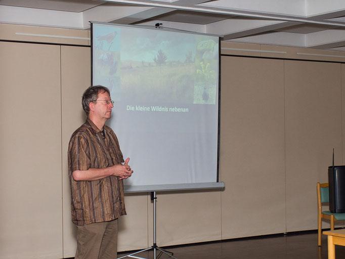 Bodo Witzke bei seinem Vortrag Foto: Th. Oehl