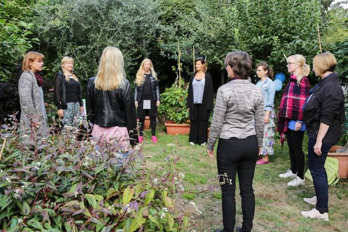 Yoga im Seminargarten Köln
