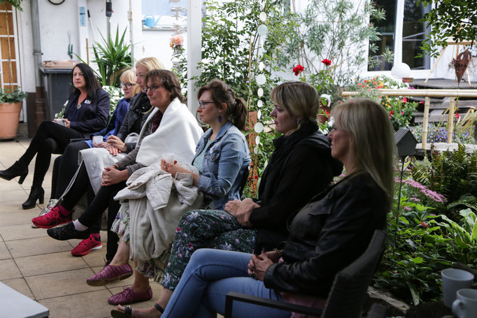 Teilnehmer im Seminargarten Köln