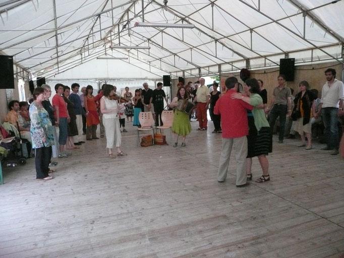 atelier pour danseurs à DAMADA, avec Cécile Julliard, Michel Mahé et Dominique Leloup