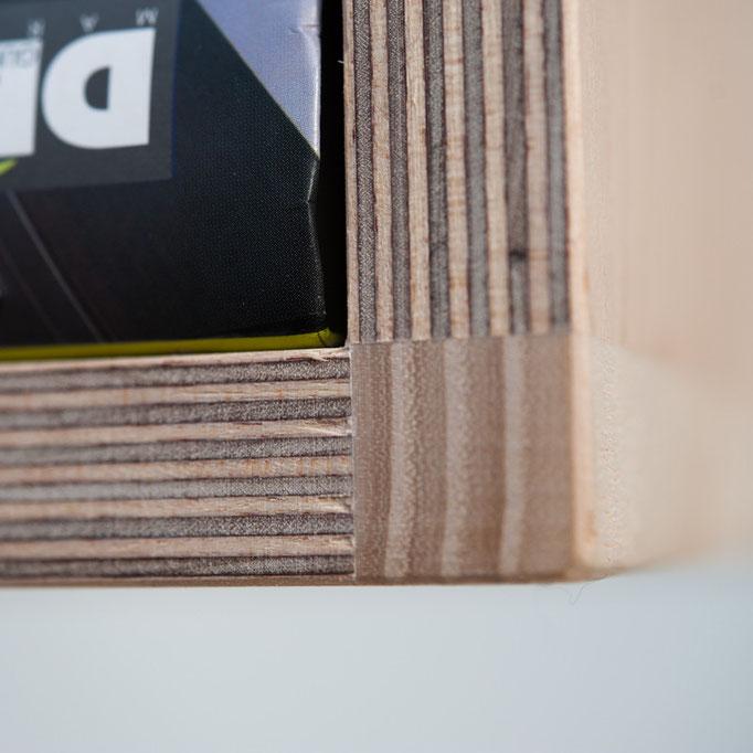 detail TILT wandkast / roomdevider