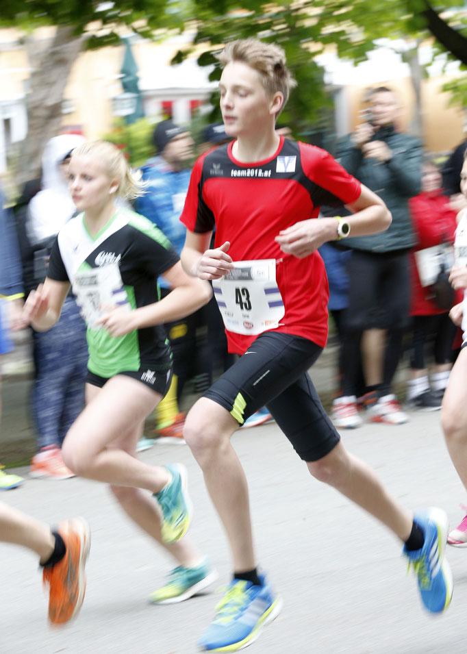 Florian Gaube beim Start über 5km