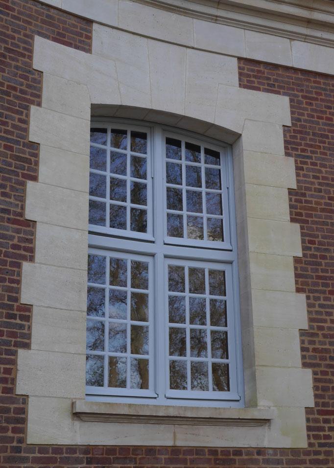 Fenêtres cintrées en plan et en élévation