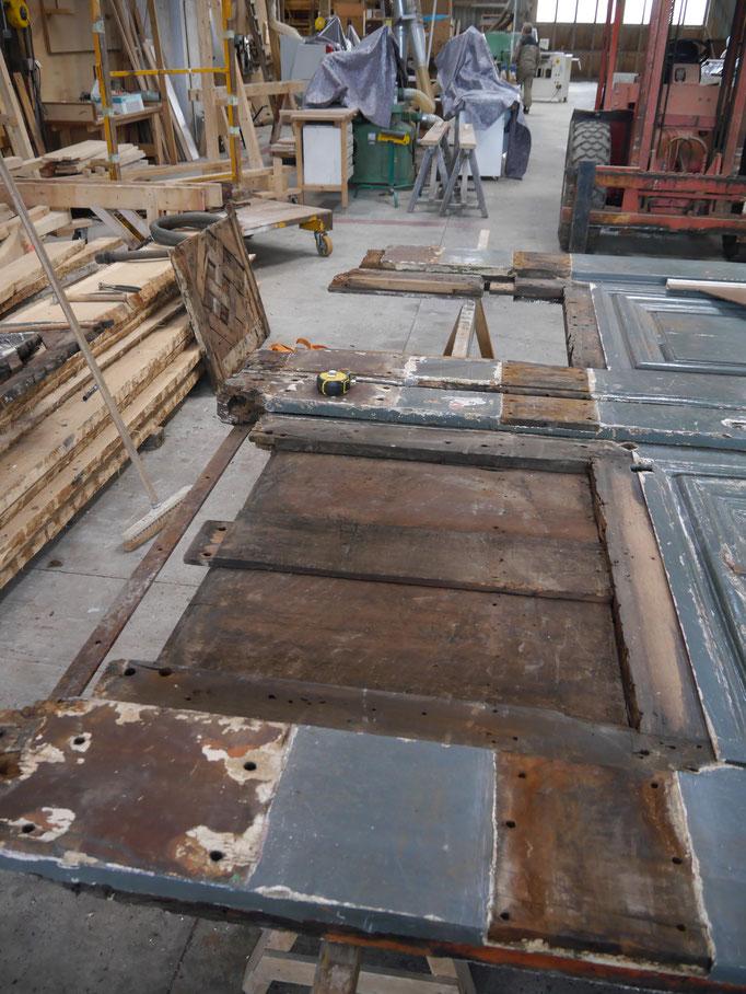 Désassemblage de la porte cochère