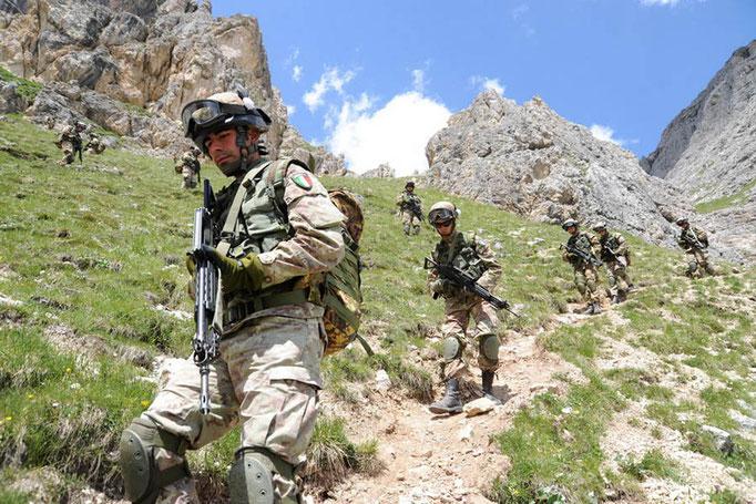 Alpini - Esercitazione in montagna