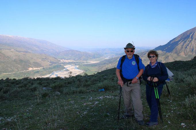 ANA San Giorgio - Verso il Golico con sullo sfondo lo Scindeli