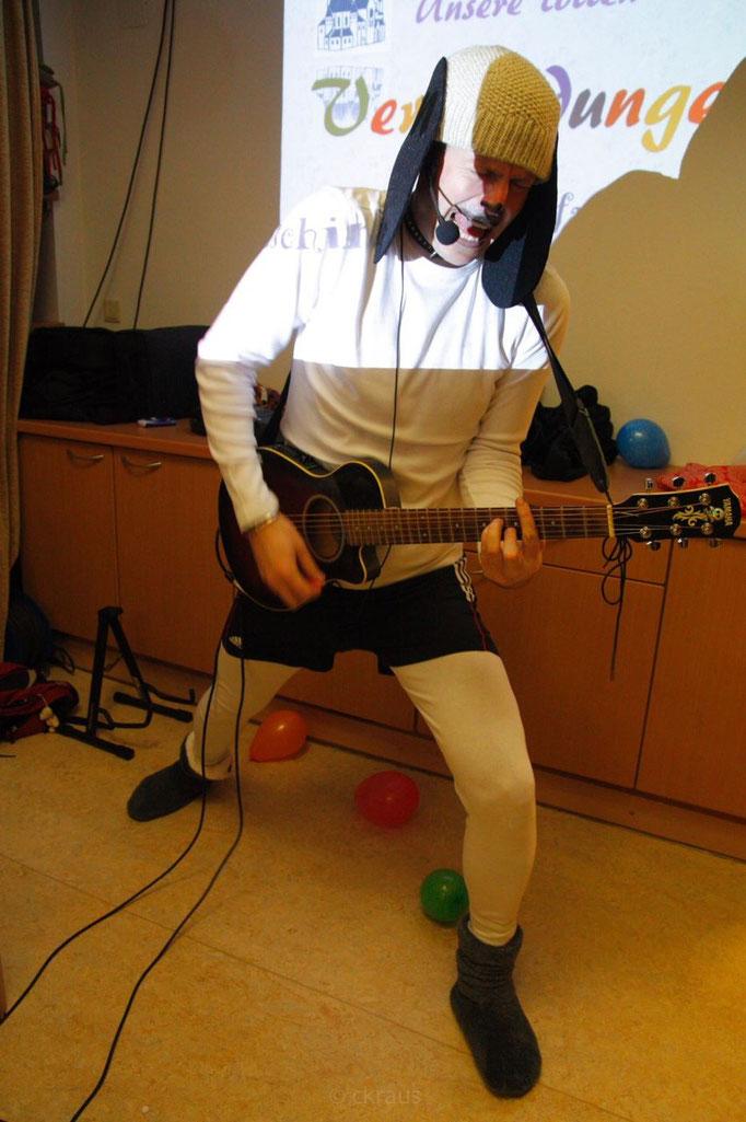Harry/Snoopy gab alles als musikalischer Moderator