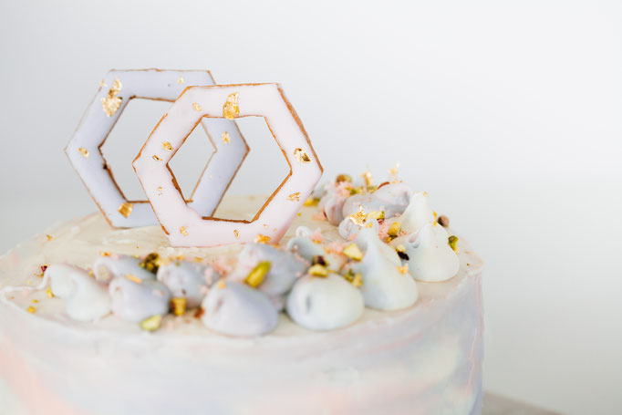 Pantone Wedding - Sunset Sky Cake| Fotografie: You Are Beloved | Styling: Annamarieke van Groningen (wearegolden.nl)