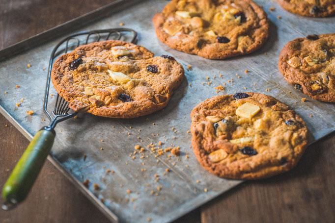 Valentijn met Hofweb - Witte Chocolade Cranberry Cookies met Speltmeel   Fotografie: Provision Photography