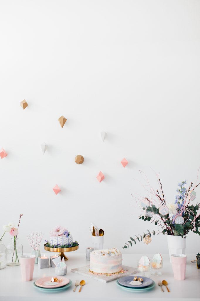 Pantone Wedding - Wedding Buffet | Fotografie: You Are Beloved | Styling: Annamarieke van Groningen (wearegolden.nl)