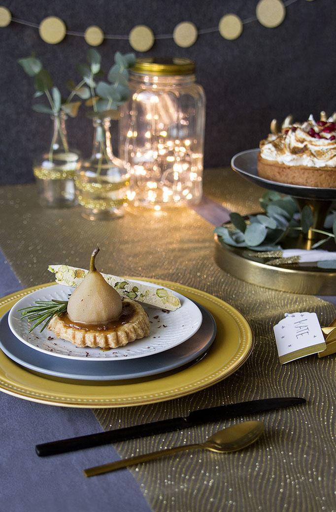 Sweet Christmas - Peer-Carameltaartje met Noga  | Fotografie: Carola Doornbos | Styling: Annamarieke van Groningen (wearegolden.nl)