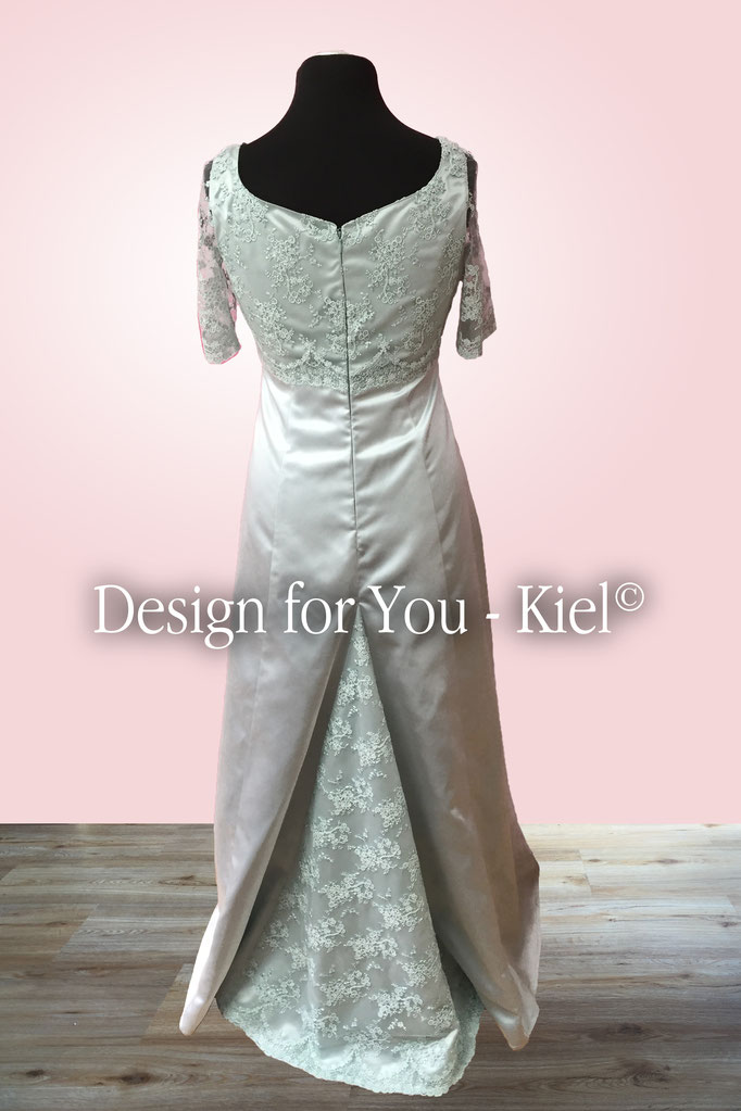Brautkleid Anke hinten - © Design for You - Kiel