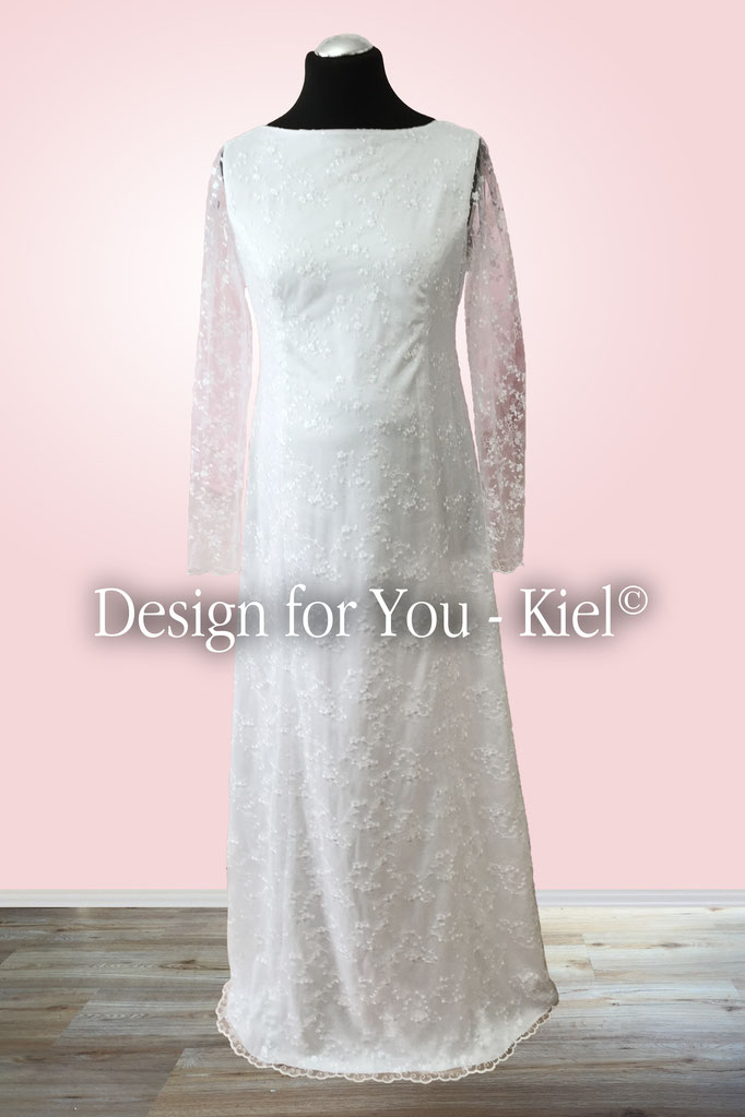 Brautkleid Sandra vorn - © Design for You - Kiel