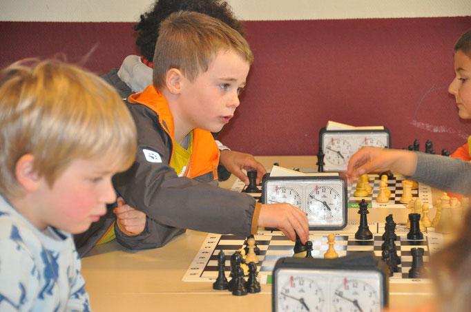één van onze jongste schakers