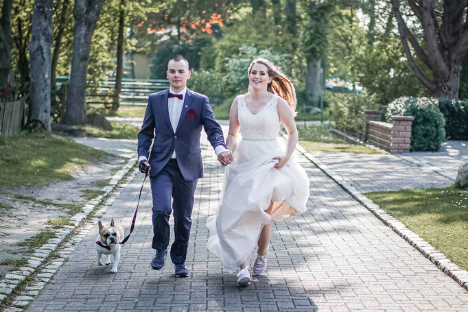 Brautpaarshooting mit Hund