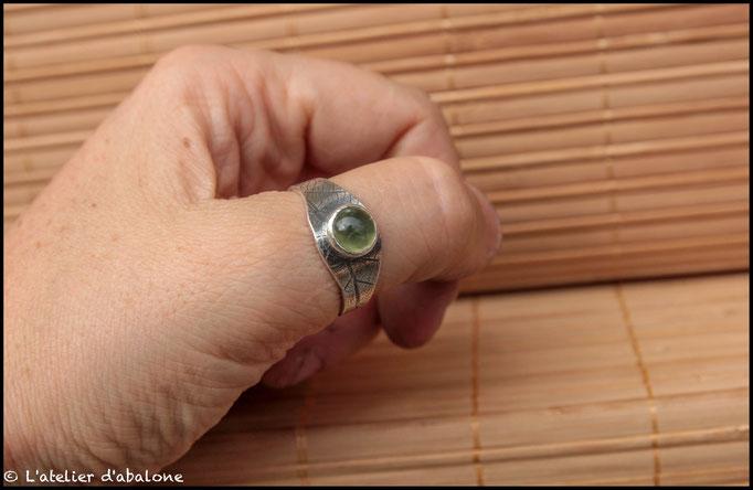 19.Bague Prehnite tourmaline ronde, Argent 925, 69 euros