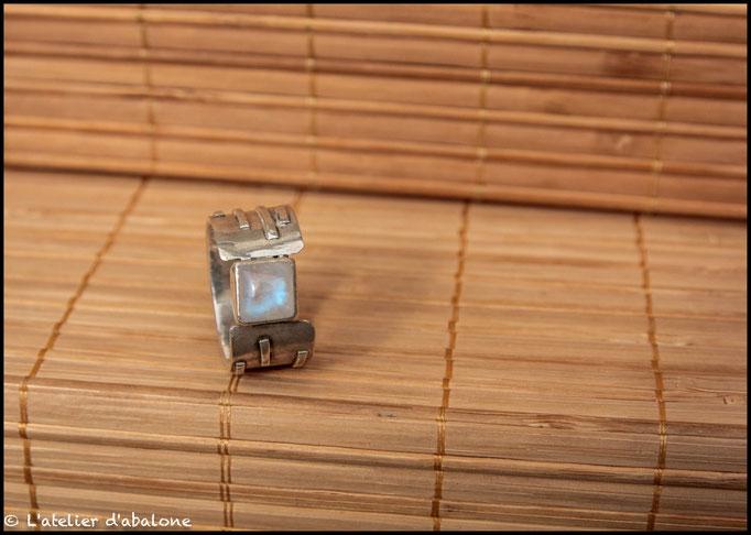 124. Bague P. de lune carré, Argent 925, 62 euros