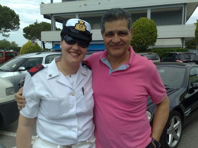 Raffaele Scotti con la figlia (il passato e il presente della Marina)