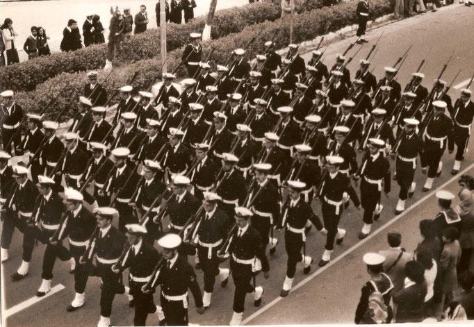 1974/75 - Defilamento Sergenti IGP Scuola SAL